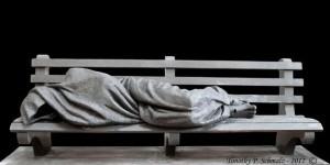 jesus-sans-abri-sculpture-en-bronze-par-timothy-schmalz