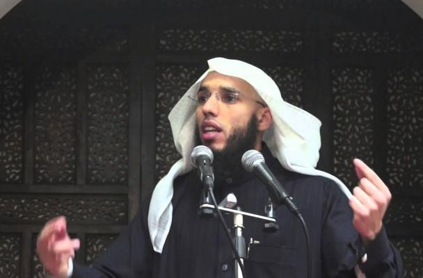 Rachid Abou Houdeyfa, imam à Brest et prédicateur sur youtube.