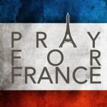 #PrayForFrance : quand la jeunesse de France s'en remet à Dieu